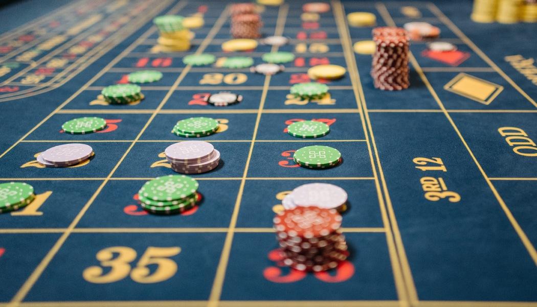 Bagaimana Melakukan Manajemen Bankroll untuk Game Kasino Terkenal?